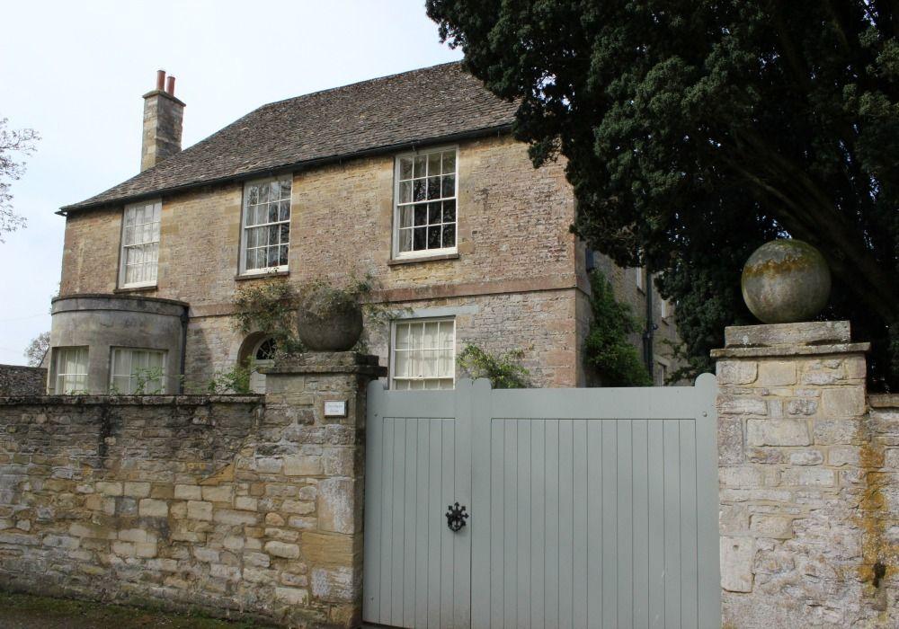 Brampton: Crawley House in Downton Abbey
