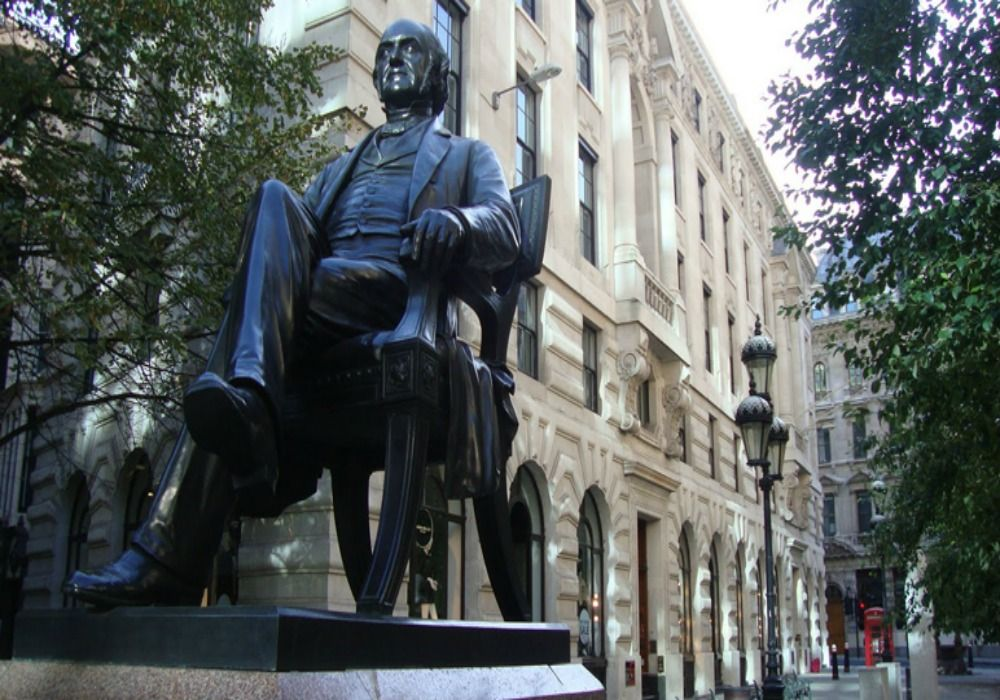 London: George Peabody Statute
